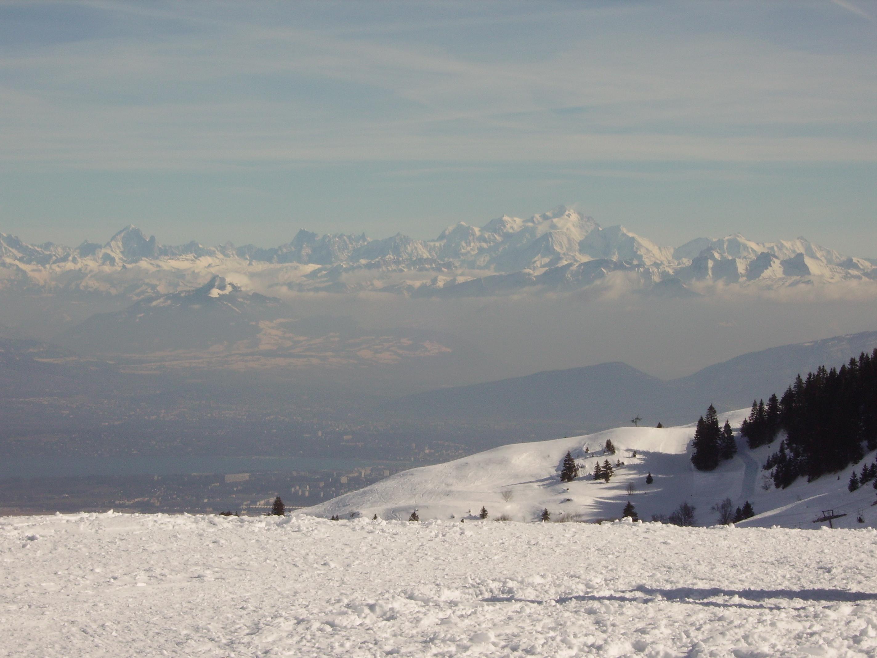 massif alpin depuis le col de Crozet, station de Lelex