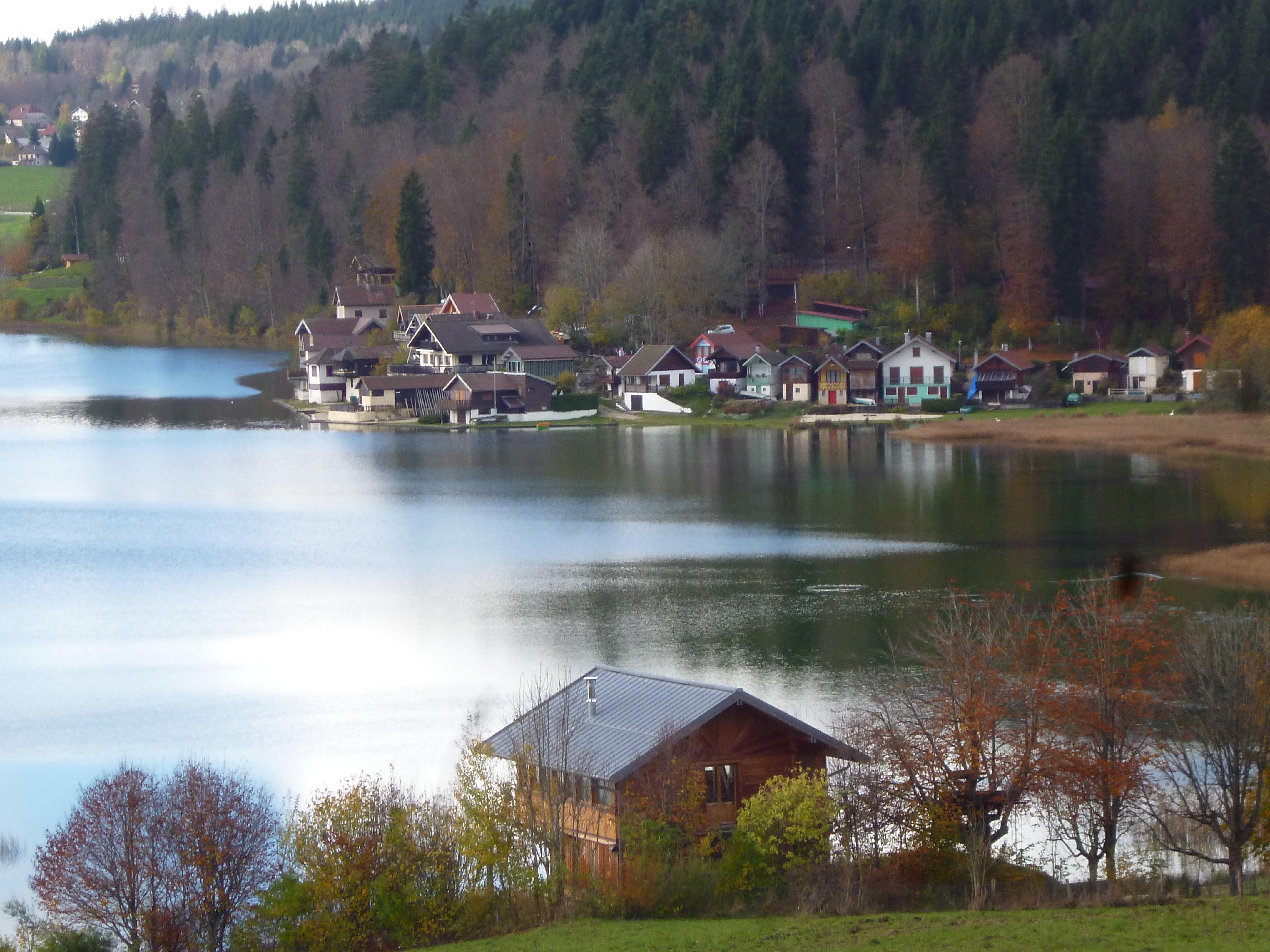 ici, Port Titi sur le lac. Titi était un célèbre pêcheur.