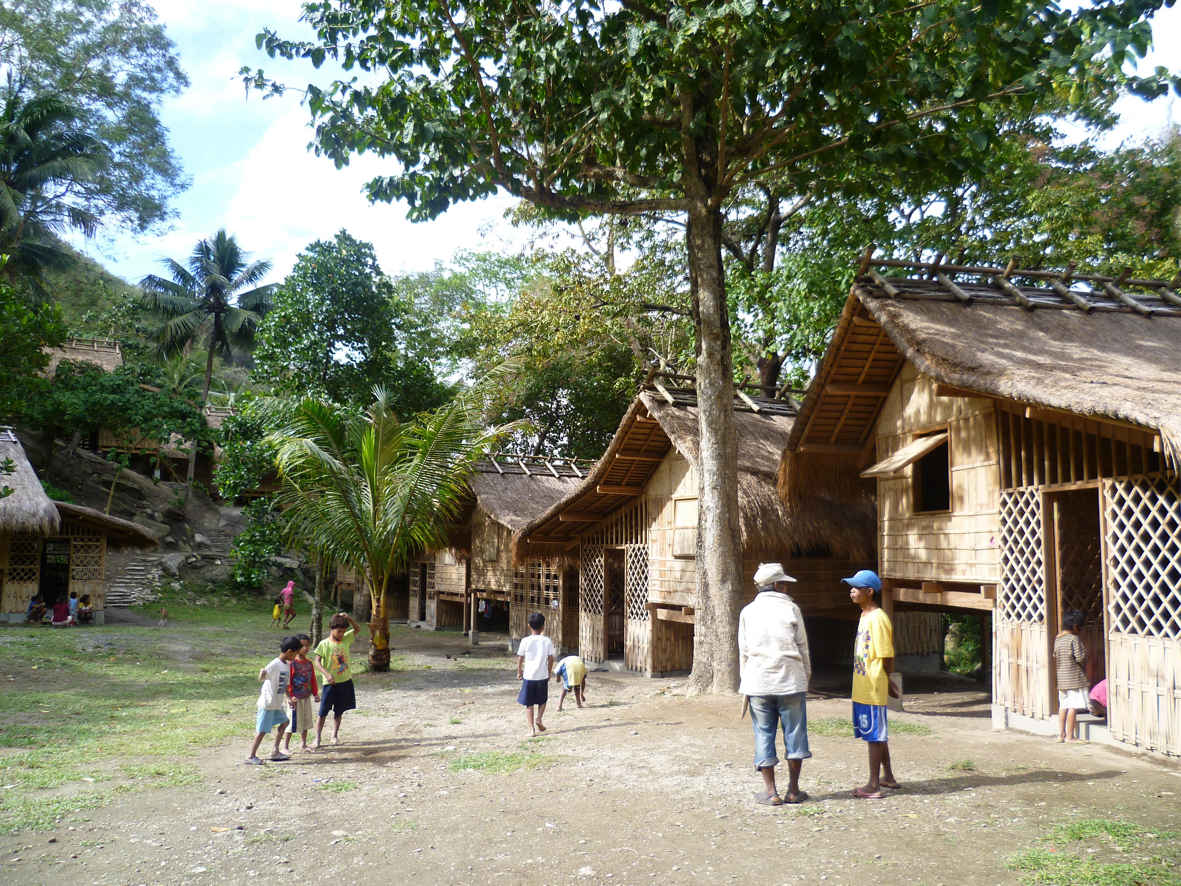 village mangyan réhabilité vers Talipanan, Puerto Galera