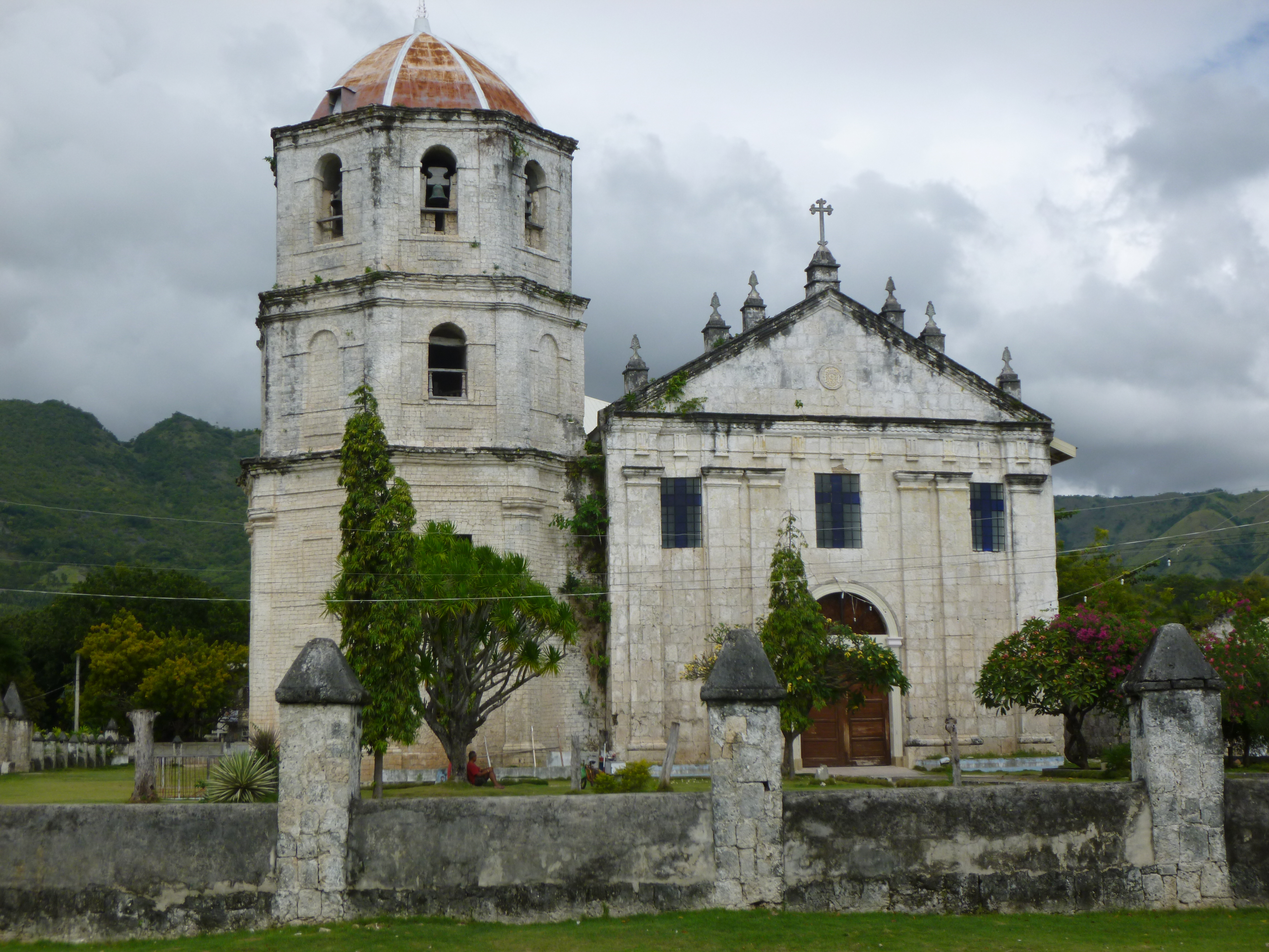 vieille église espagnole à OSLOB
