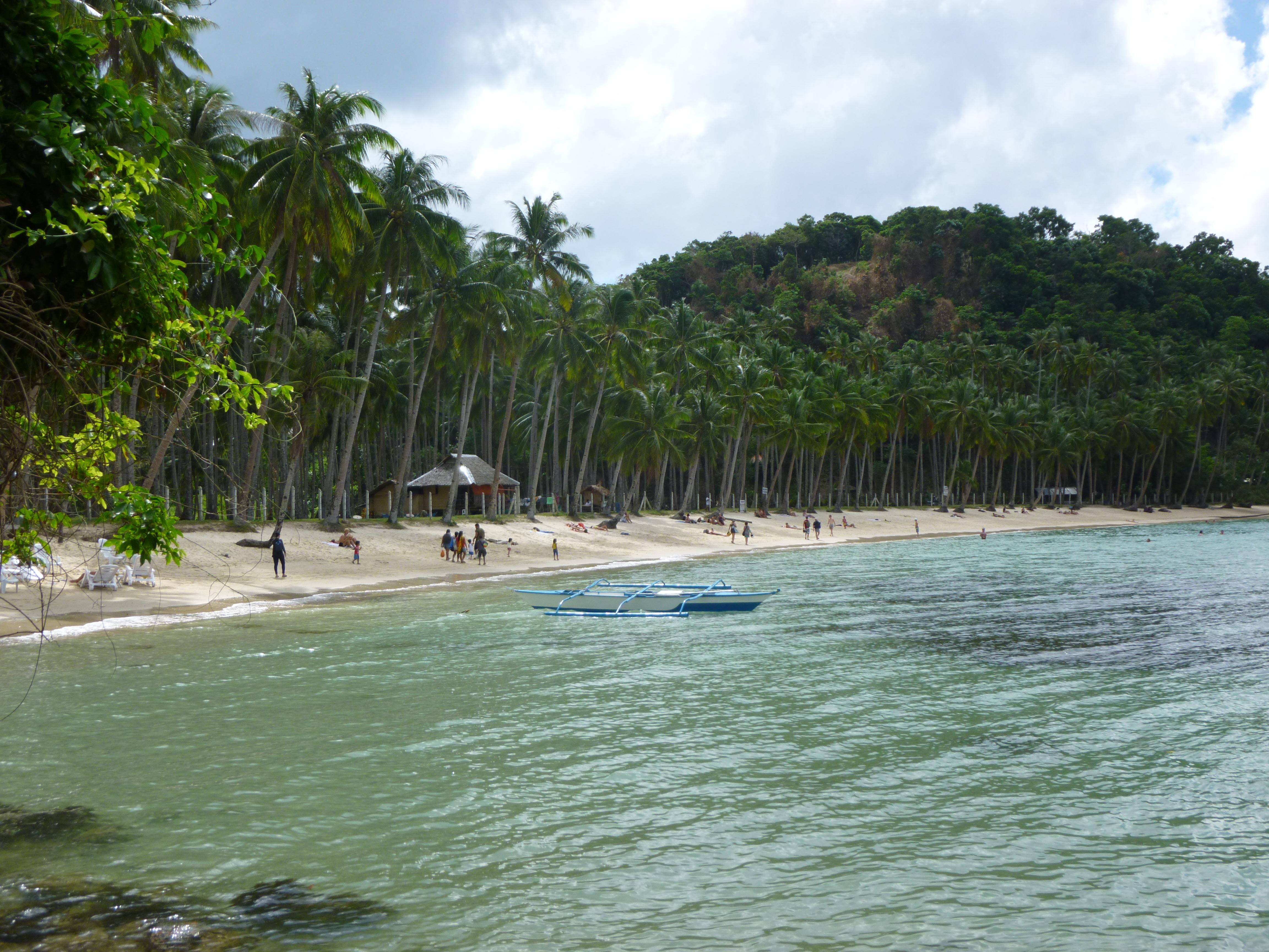 Maremegmeg beach
