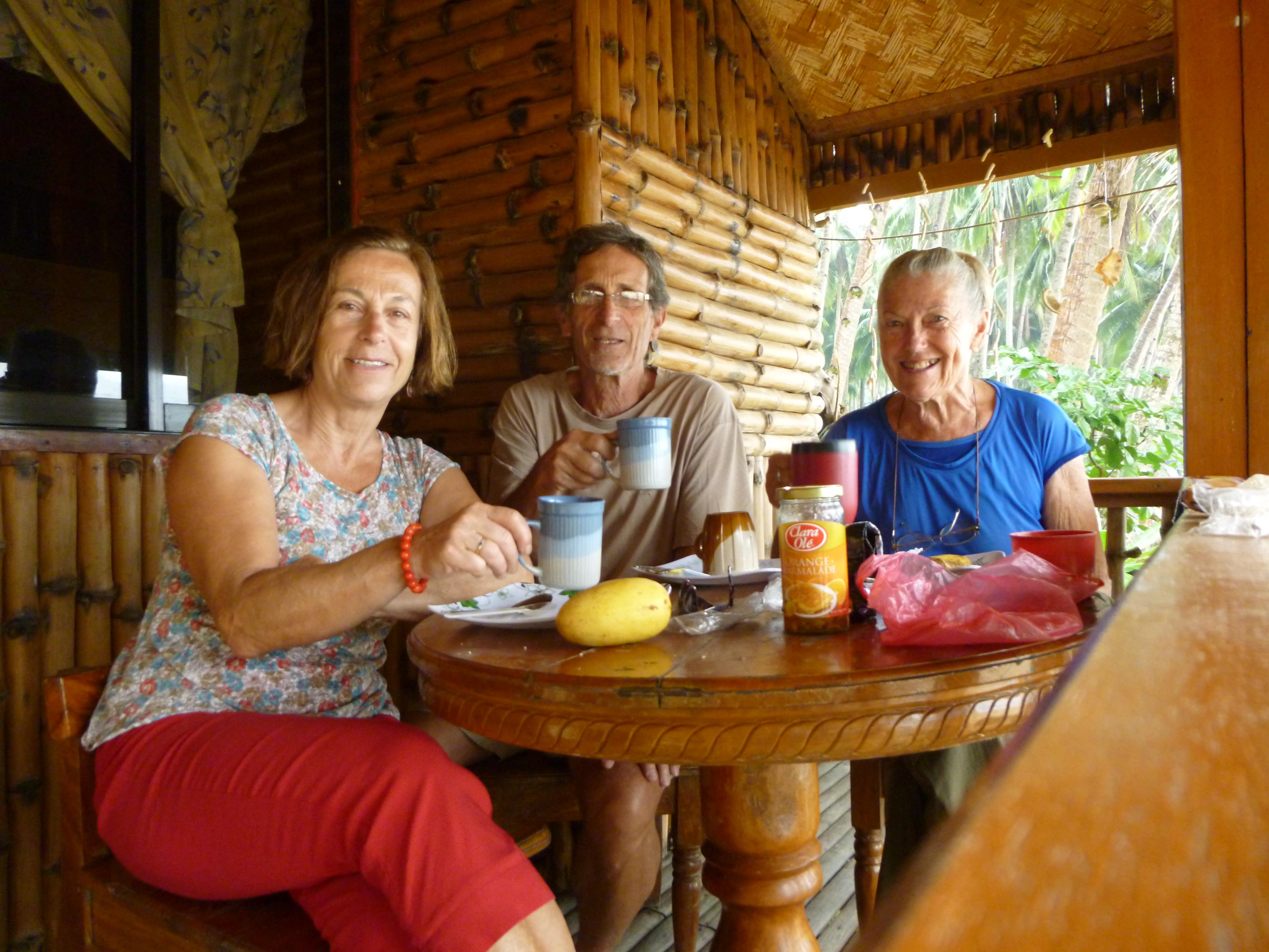 dernier déjeuner chez Monika avec un vrai café