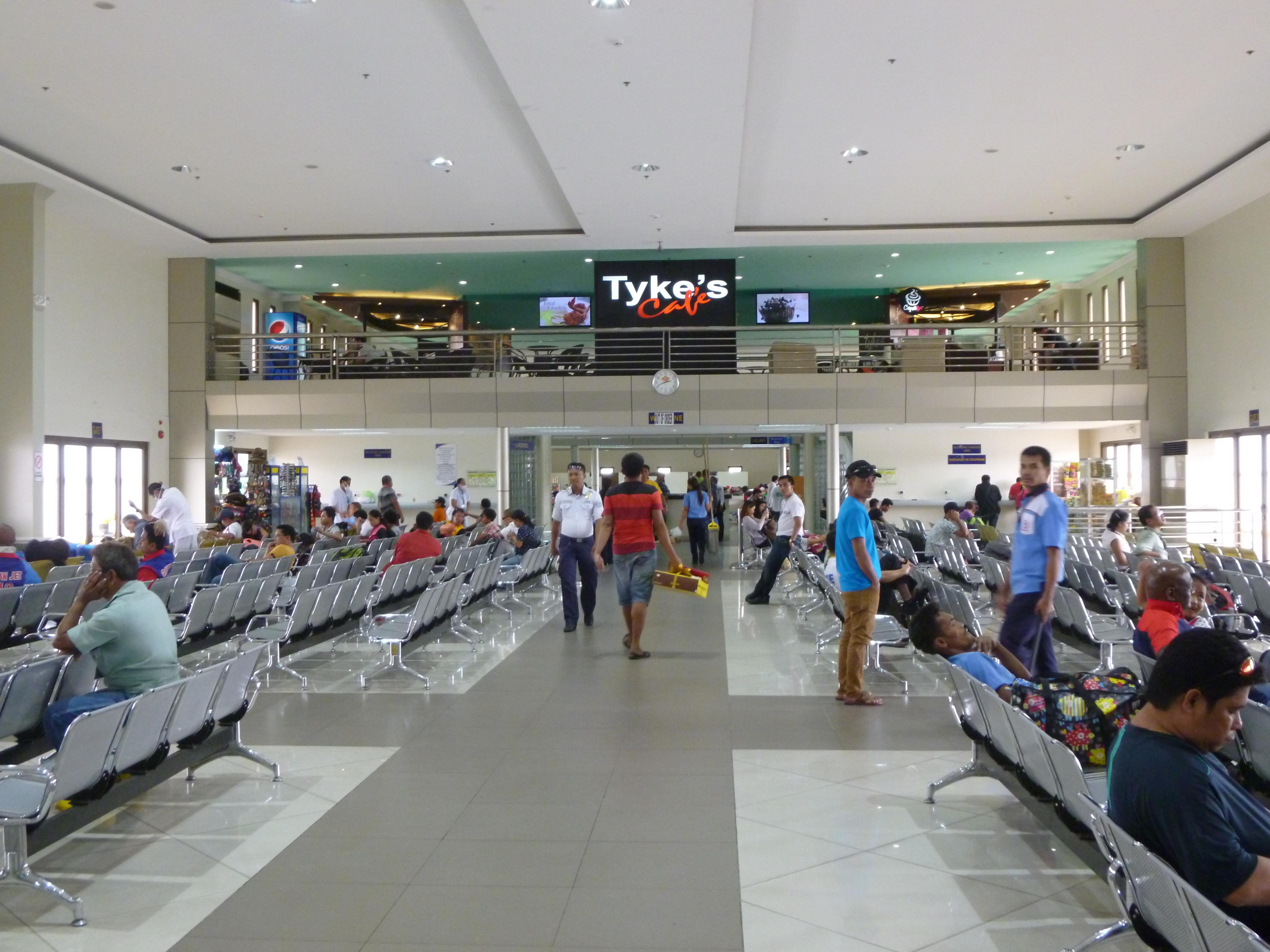 salle d'attente au Pier1 Cebu