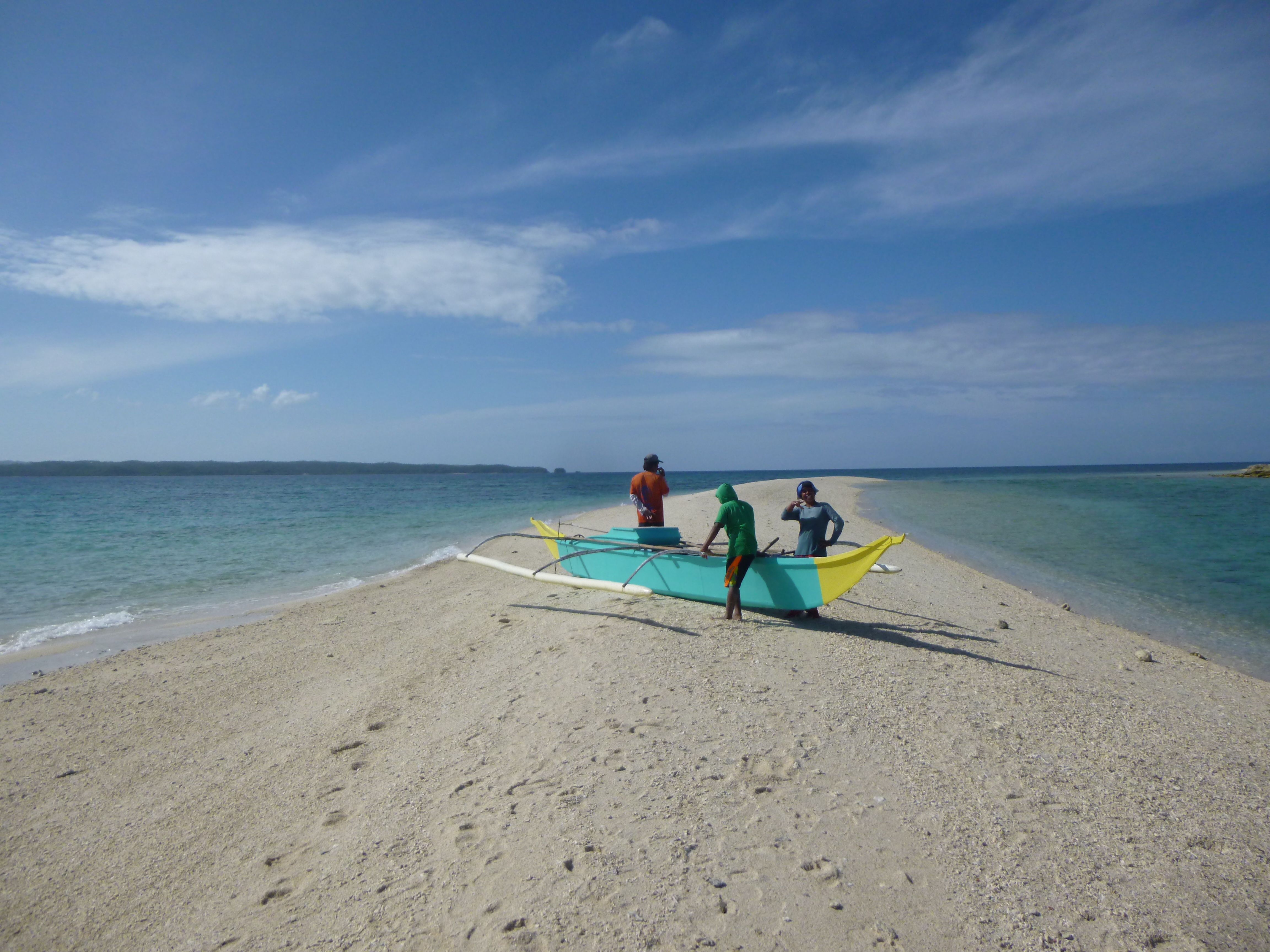 p6cheurs sur le sandbar de Tinalisayan